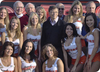 billgates-warren-hooters.jpg